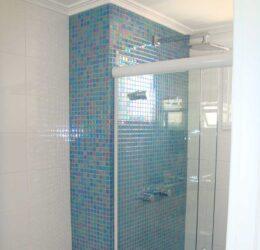 Reforma banheiro - revestimento e molduras