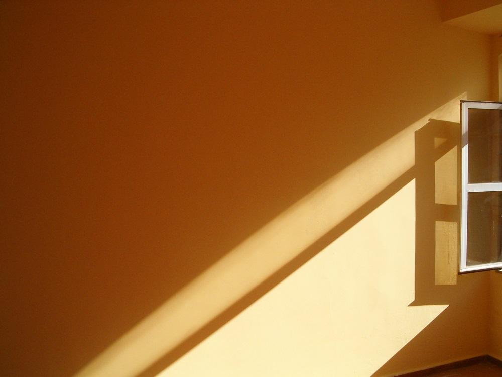 Como resolver o problema da umidade nas paredes internas?